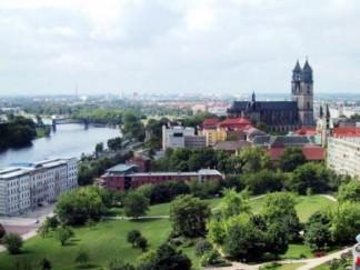 Магдебург. С видом на Эльбу и Собор
