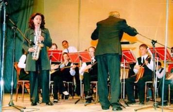 Венера Ганиева (Ибрагимова) с оркестром «Русские узоры»